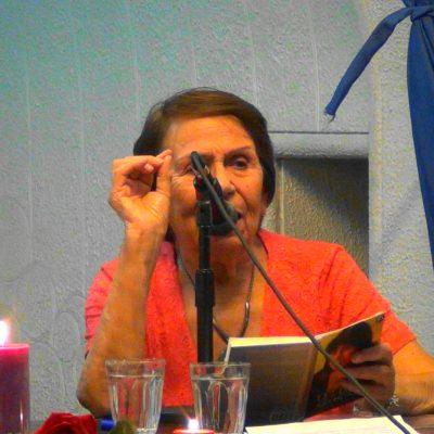 Eliana Segura en la ponencia del libro Tèllez Selecto
